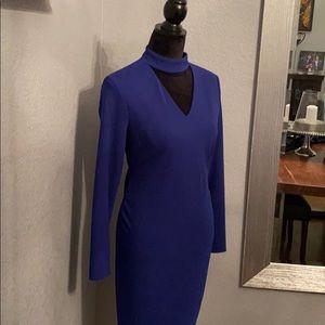 Beautiful, royal blue dress. Slim fitted.